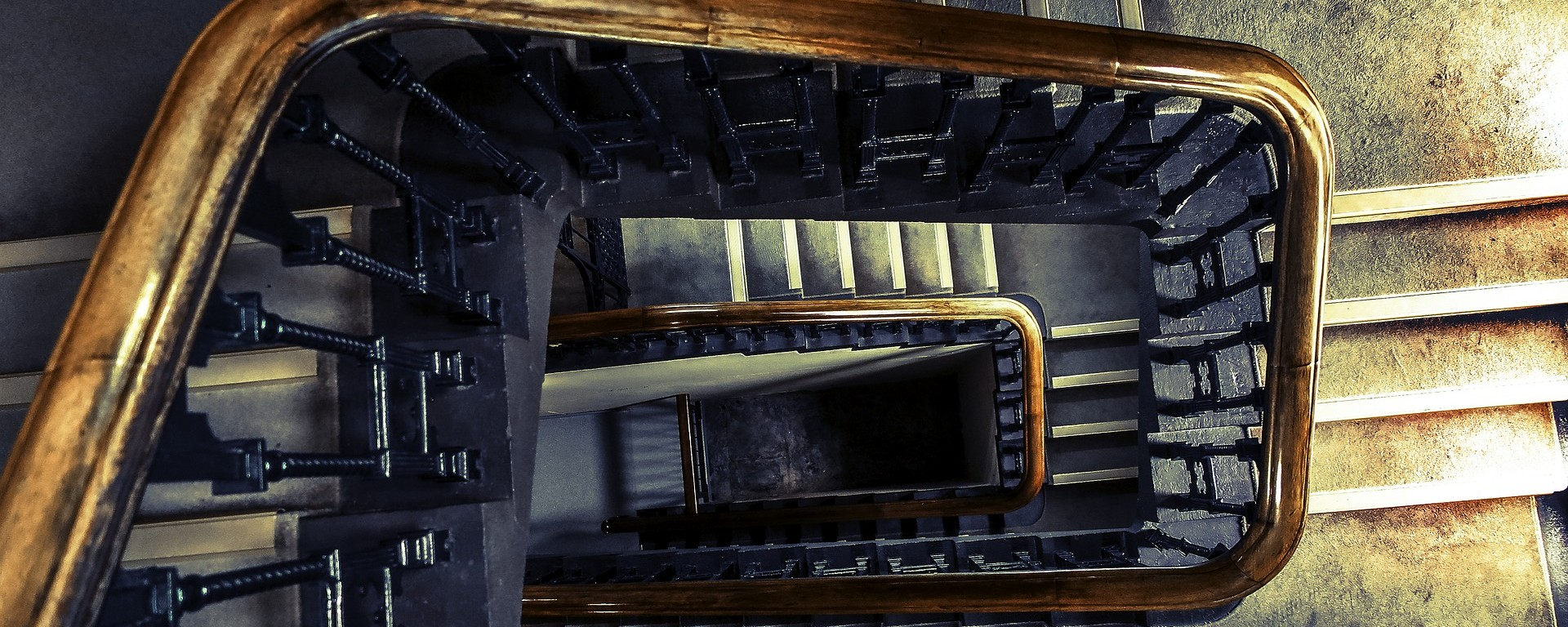 Apartment building stairs with stairwell
